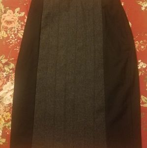 The limited black gray high waist skirt size 6 NWT